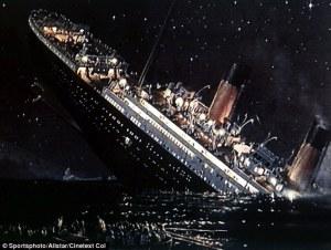 https://www.ecosia.org/images?p=1&q=titanic+crashing